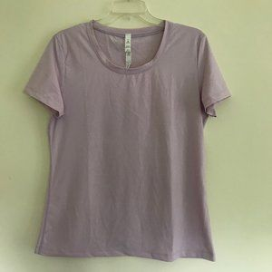 Lululemon T-Shirt 12